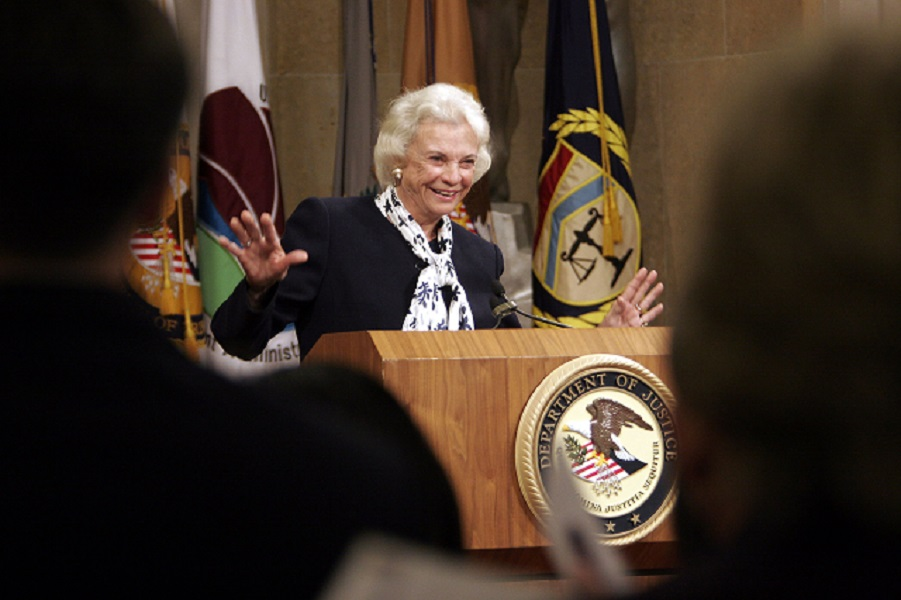 O'Connor's Grit, Kindness Recalled as Pioneering Justice Exits Stage