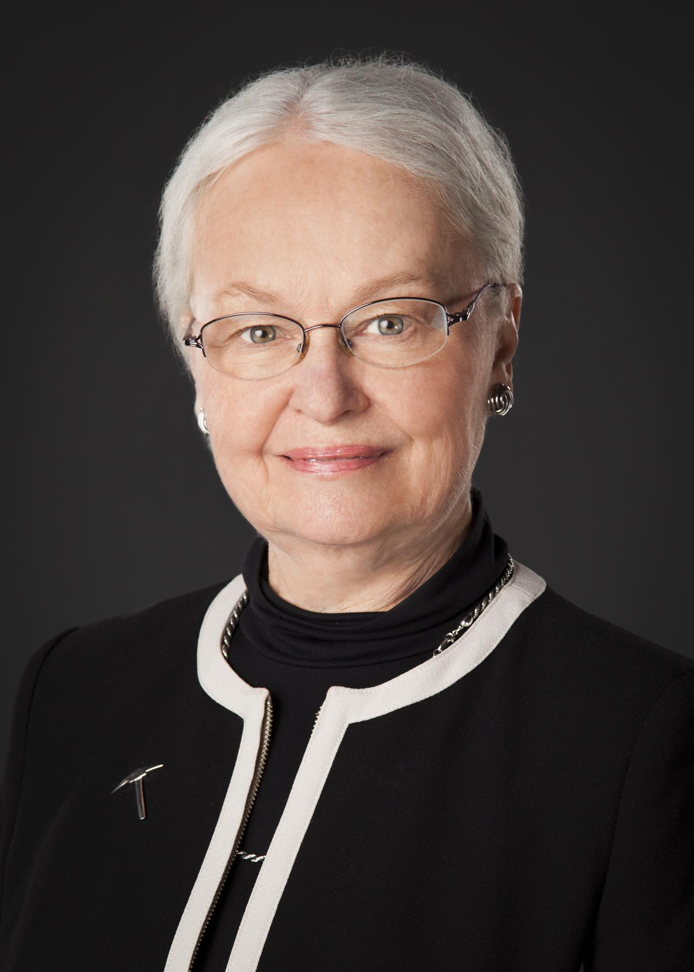 Dr. Diana Natalicio