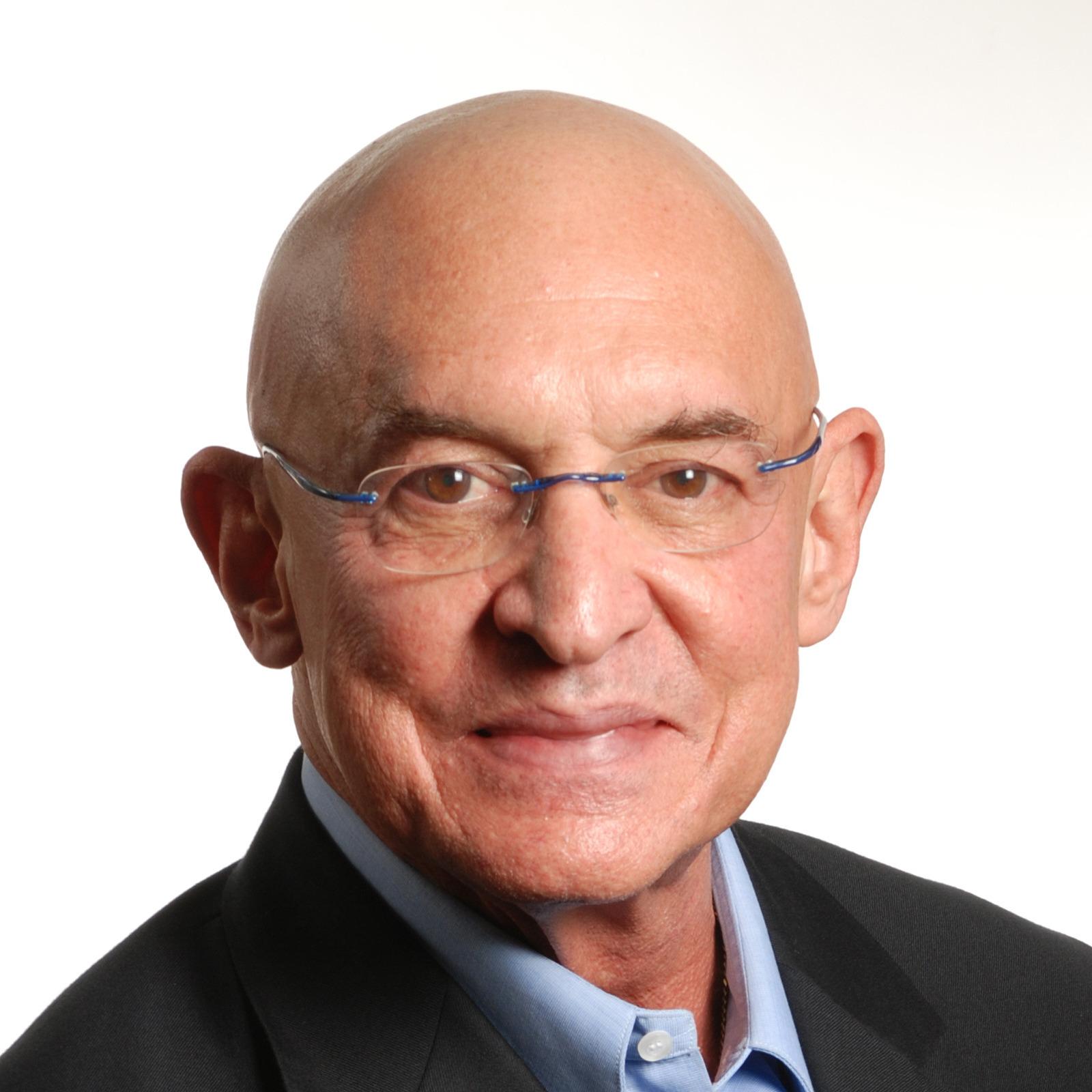 Luis J. Echarte