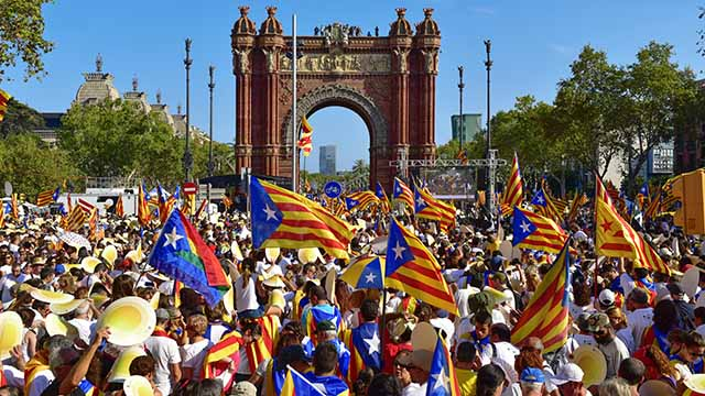 A Third Way to Solve the Catalonian Crisis