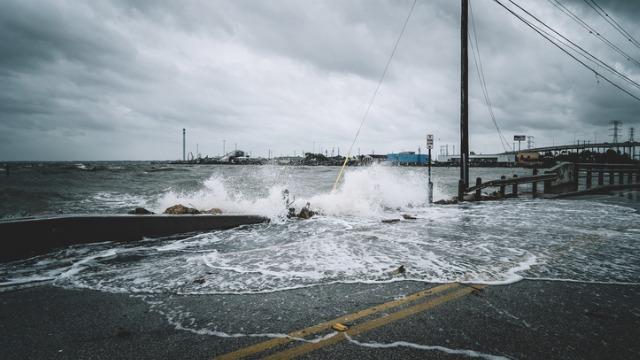 hurricane flooding
