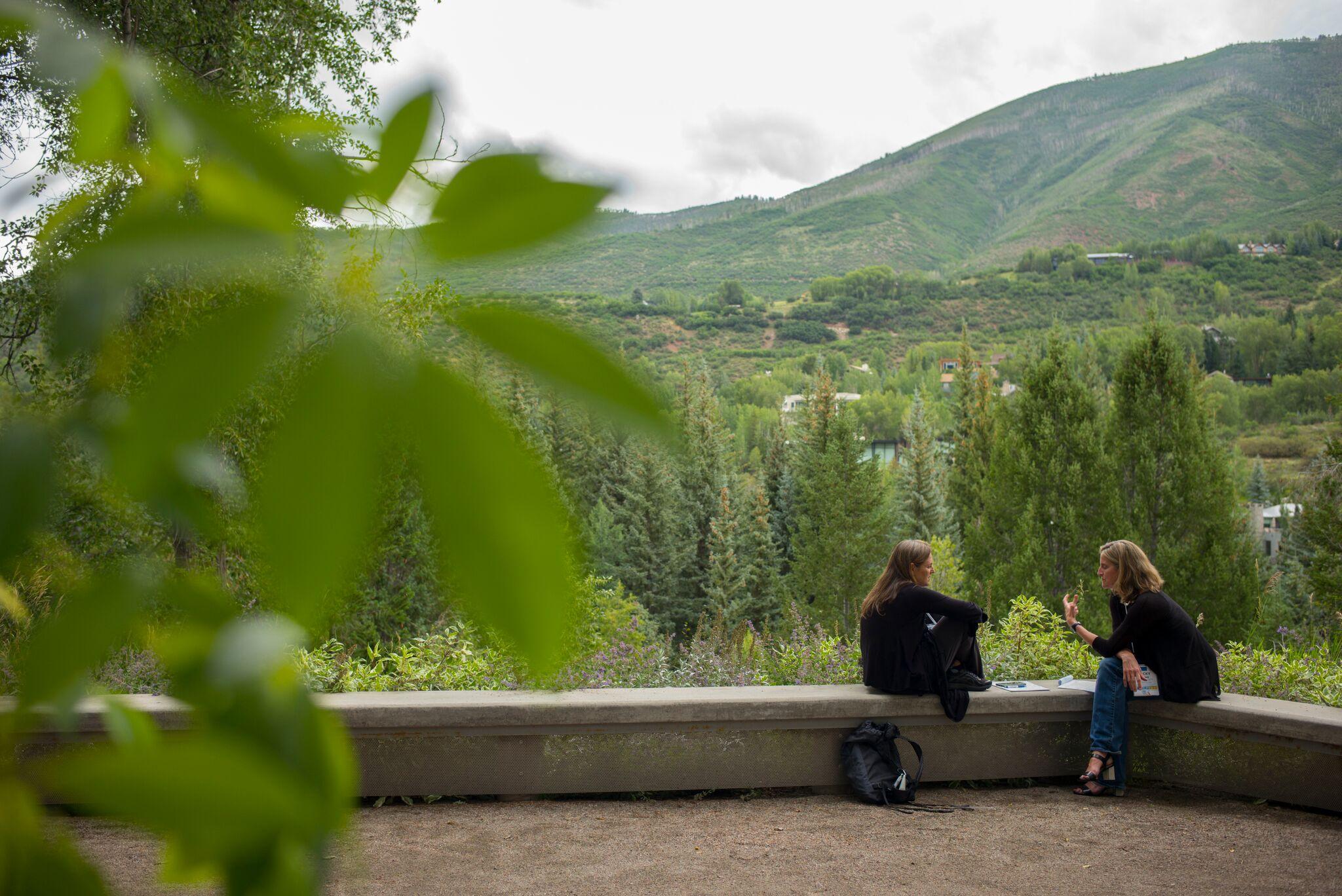 Taking the Aspen Seminar Home - Using the Aspen Seminar Method in your Daily Life