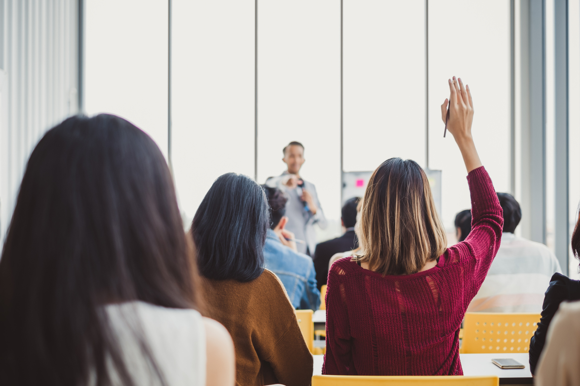 Improving Training Quality Through Community College Investments and Income Share Agreements