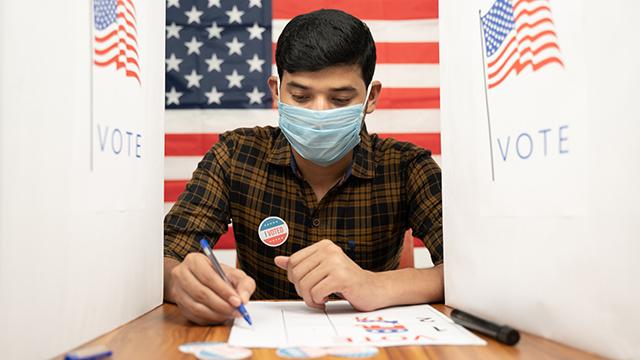 Man inside polling both