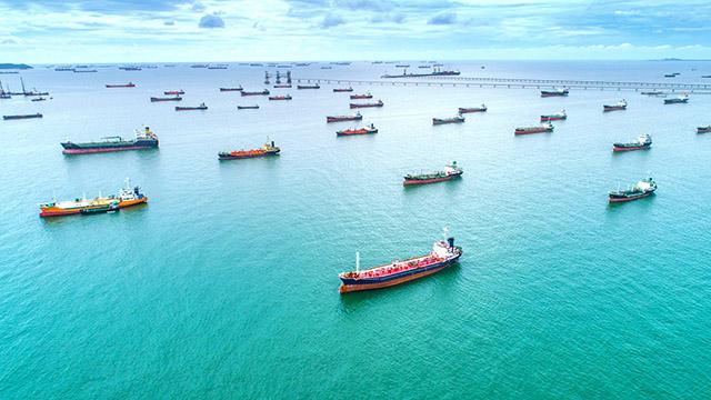 Cargo ships en route